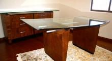 Sapell desk